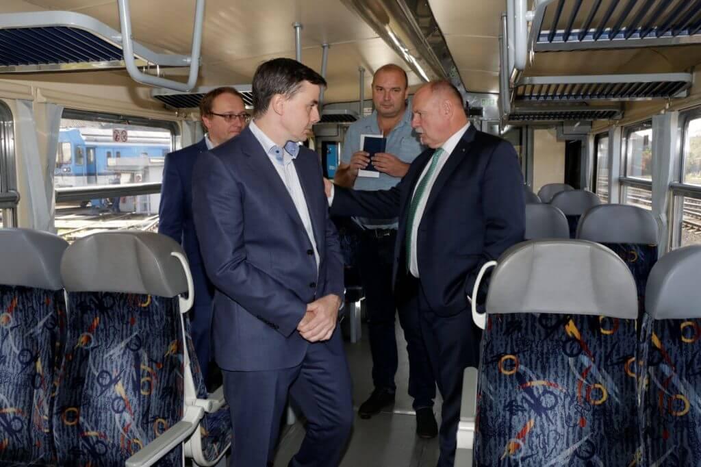 České dráhy dají do modernizace vozidel v kraji půl miliardy korun - Integrovaný dopravní systém Olomouckého kraje